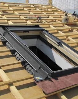 entreprise pour poser et r parer son velux et fen tre de toit 95. Black Bedroom Furniture Sets. Home Design Ideas